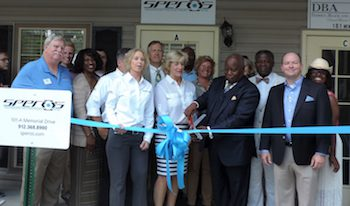 susan_speros_and_mayor_james_jim_thomas_jr._cut_ribbon_on_speros_hinesville_office.jpg