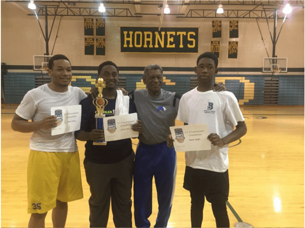 BoysHighSchoolDivisionChampions_DonteCurry.CJFord.LarryRivers.Daniel Wright
