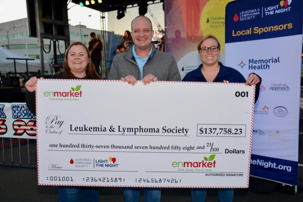Enmarket Savannah Check Presentation LLS Light the Night 2019